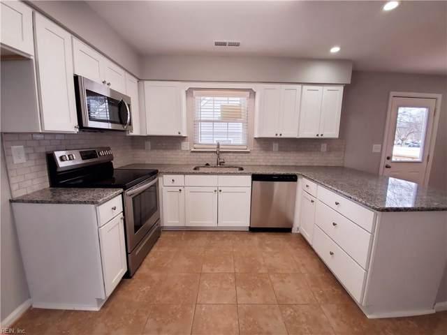 2701 Colchester Cres, Norfolk, VA 23504 (MLS #10301084) :: Chantel Ray Real Estate