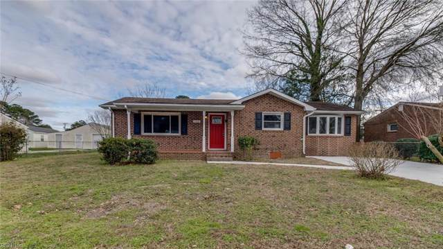5005 Neal St, Chesapeake, VA 23320 (MLS #10301631) :: Chantel Ray Real Estate