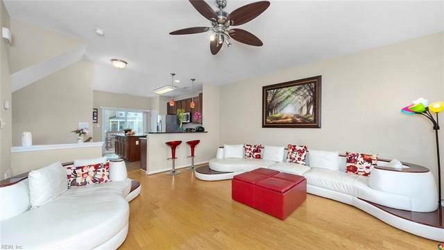 4817 Carnelian Way, Virginia Beach, VA 23462 (#10303679) :: Berkshire Hathaway HomeServices Towne Realty