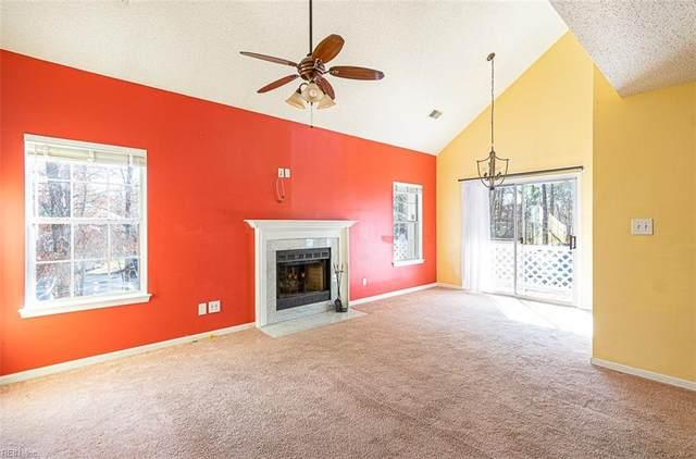 704 Inlet Quay F, Chesapeake, VA 23320 (#10303688) :: Berkshire Hathaway HomeServices Towne Realty