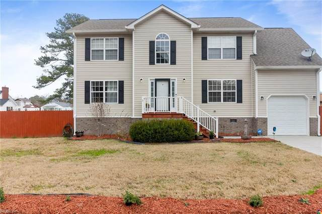 8 Pine Ln Ln, Hampton, VA 23664 (MLS #10304120) :: AtCoastal Realty