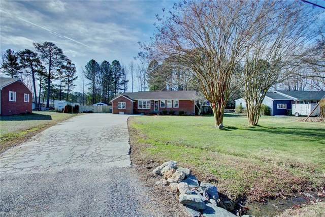 201 Shamrock Ave, York County, VA 23693 (MLS #10304144) :: Chantel Ray Real Estate
