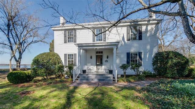 5645 River Bluff Dr, Suffolk, VA 23435 (#10304367) :: Berkshire Hathaway HomeServices Towne Realty