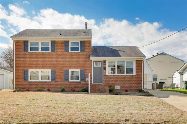 29 Briarwood Dr, Hampton, VA 23666 (MLS #10304727) :: Chantel Ray Real Estate