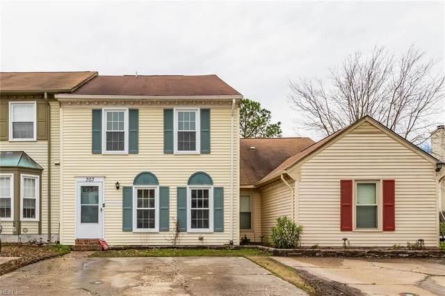 303 Gambrill Ct, Virginia Beach, VA 23462 (#10304847) :: Encompass Real Estate Solutions