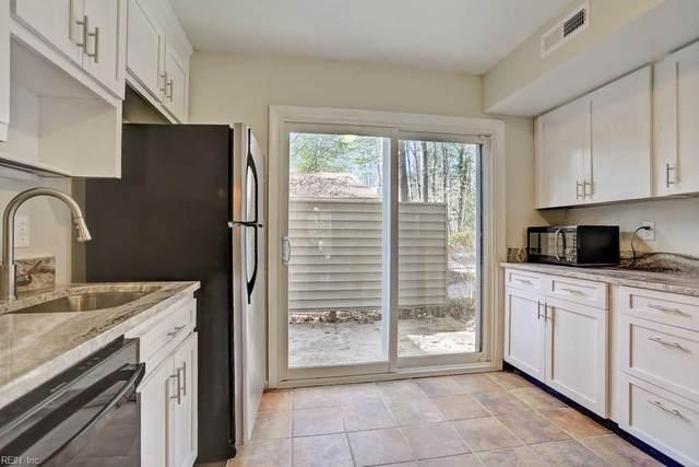 67 Summer E, James City County, VA 23188 (#10304848) :: Berkshire Hathaway HomeServices Towne Realty