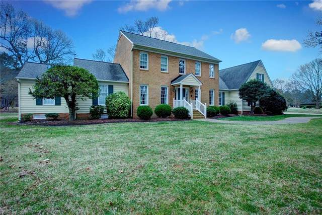 205 Kings Grant Dr, York County, VA 23692 (#10304890) :: Kristie Weaver, REALTOR