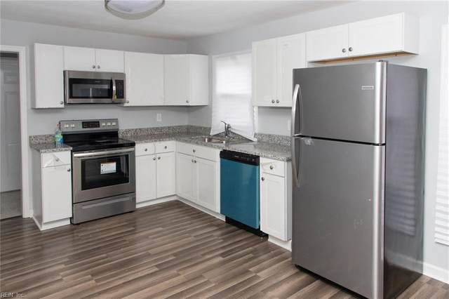 2418 Staunton Ave, Portsmouth, VA 23704 (#10305421) :: The Kris Weaver Real Estate Team