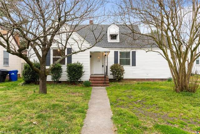 302 Sandpiper Dr, Portsmouth, VA 23704 (MLS #10305529) :: Chantel Ray Real Estate