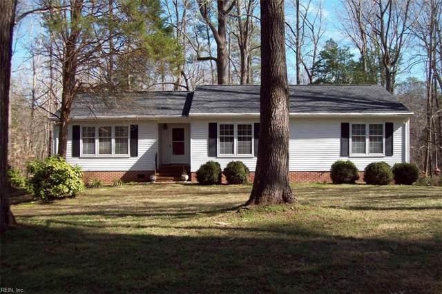 7483 Gloucester Village Dr, Gloucester County, VA 23061 (#10305579) :: Kristie Weaver, REALTOR