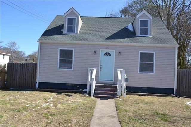 214 Brightwood Ave, Hampton, VA 23661 (#10306046) :: Kristie Weaver, REALTOR