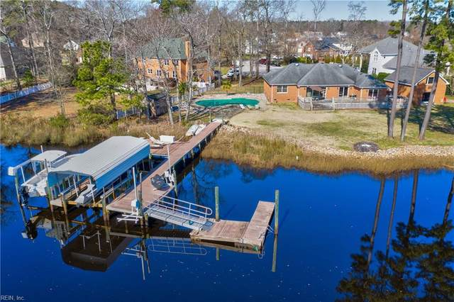 700 Mandarin Ln, Chesapeake, VA 23323 (MLS #10306131) :: Chantel Ray Real Estate