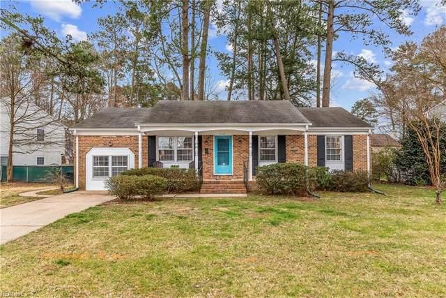712 Kensington Dr, Newport News, VA 23602 (MLS #10308097) :: Chantel Ray Real Estate