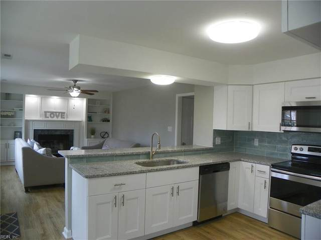 2085 Silver Lake Dr, Virginia Beach, VA 23464 (#10308466) :: Atlantic Sotheby's International Realty