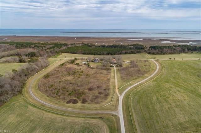 15261 Seaside Rd, Northampton County, VA 23310 (#10309209) :: The Kris Weaver Real Estate Team