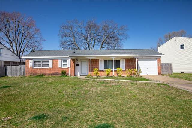5416 Challedon Dr, Virginia Beach, VA 23462 (MLS #10309832) :: Chantel Ray Real Estate