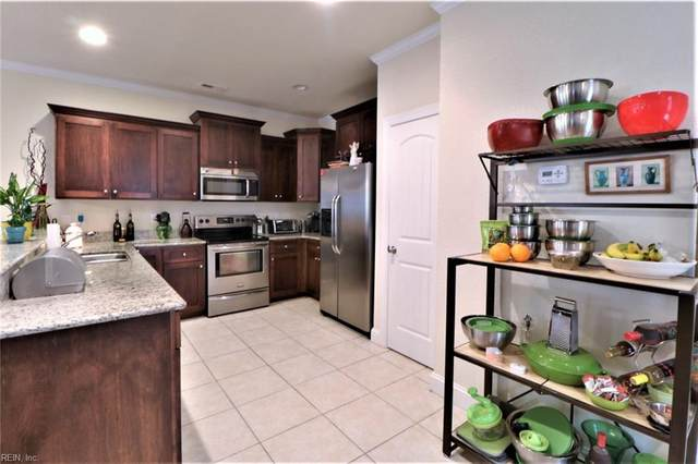 119 Boggs Ave S, Virginia Beach, VA 23452 (#10310347) :: Berkshire Hathaway HomeServices Towne Realty