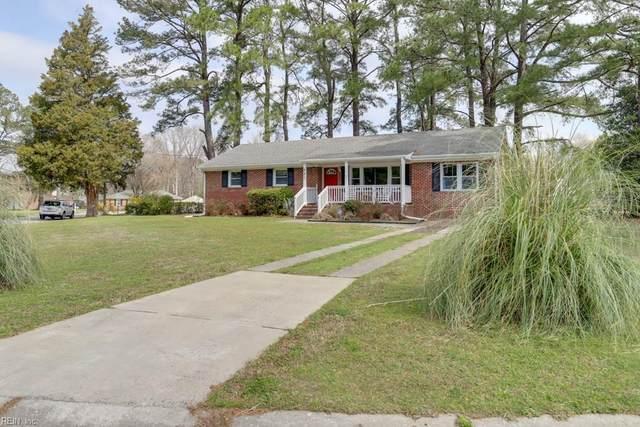 841 Mayflower Dr, Suffolk, VA 23434 (MLS #10310373) :: Chantel Ray Real Estate