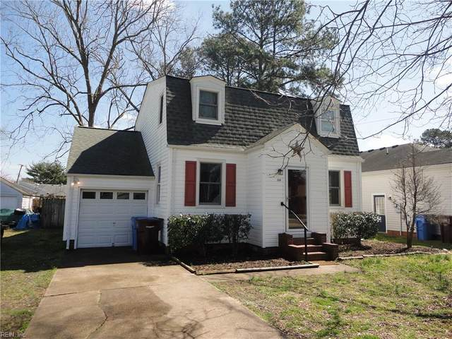 1114 Hawthorne Dr, Chesapeake, VA 23321 (MLS #10310393) :: Chantel Ray Real Estate