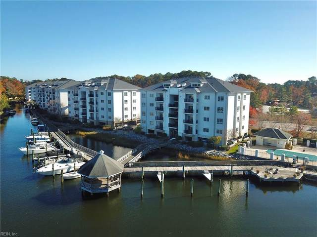 1268 Laskin Rd #102, Virginia Beach, VA 23451 (MLS #10310691) :: Chantel Ray Real Estate