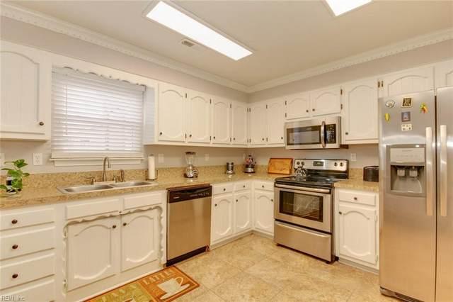 34 Colonial Way, Chesapeake, VA 23320 (MLS #10310767) :: Chantel Ray Real Estate