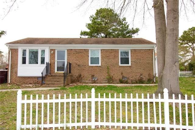 3900 Gilbert Ct, Chesapeake, VA 23323 (#10311273) :: Kristie Weaver, REALTOR