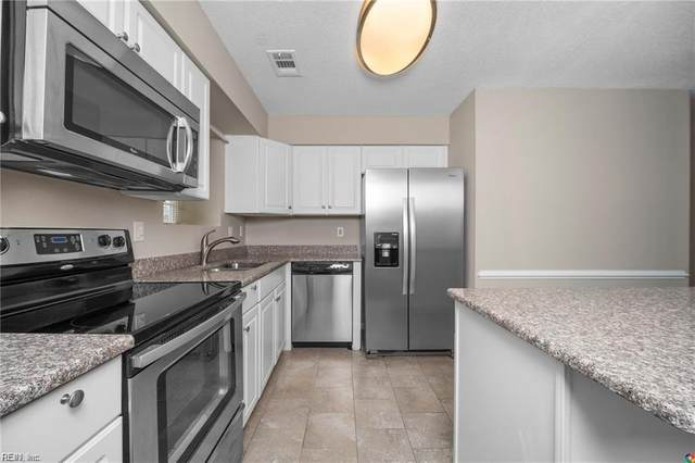 5064 Rugby Rd, Virginia Beach, VA 23464 (MLS #10311323) :: Chantel Ray Real Estate