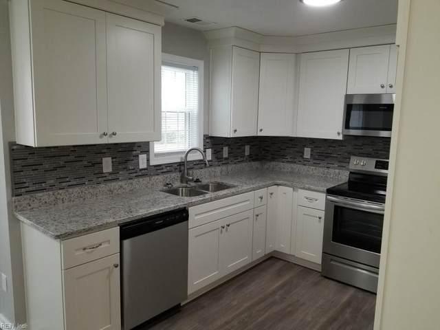 337 Stonehenge Dr, Suffolk, VA 23434 (MLS #10311765) :: Chantel Ray Real Estate
