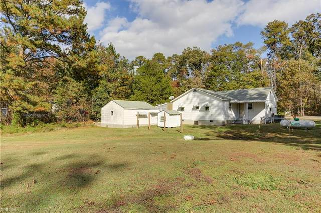 10760 Smiths Neck Rd, Isle of Wight County, VA 23314 (#10312045) :: The Kris Weaver Real Estate Team