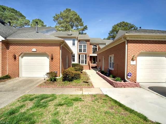 4788 Kempsville Greens Pw, Virginia Beach, VA 23462 (#10312078) :: The Kris Weaver Real Estate Team