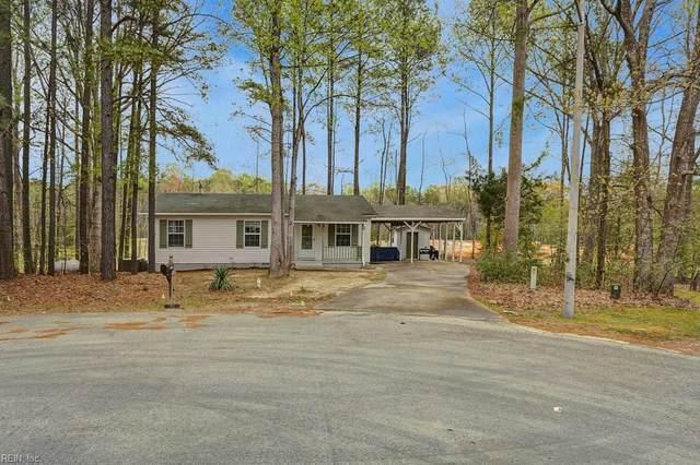 8 Tara Ct, James City County, VA 23188 (MLS #10312210) :: Chantel Ray Real Estate