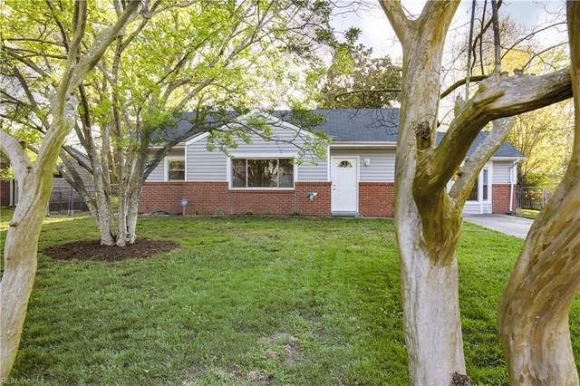 233 Raintree Rd, Virginia Beach, VA 23452 (#10312669) :: Kristie Weaver, REALTOR