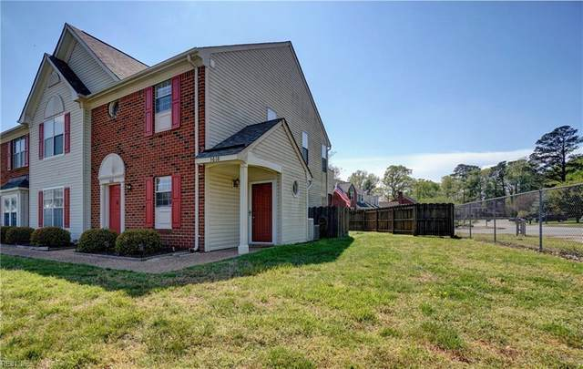 3618 Cinnamon Ct, Chesapeake, VA 23321 (#10313893) :: Kristie Weaver, REALTOR