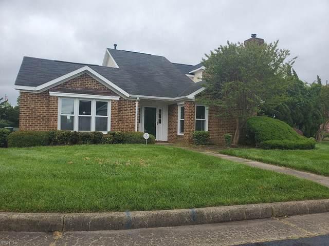 18 Williamsburg Dr, Hampton, VA 23666 (MLS #10317494) :: Chantel Ray Real Estate