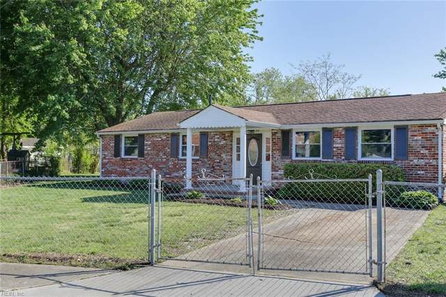 2200 Mcsweeney Cir, Hampton, VA 23663 (MLS #10317775) :: Chantel Ray Real Estate