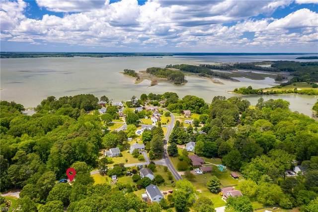 6625 John Smith Ln, Gloucester County, VA 23072 (#10319486) :: The Kris Weaver Real Estate Team