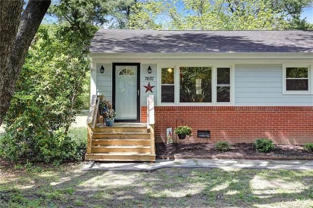 7037 Plum Tree Ln, Gloucester County, VA 23072 (#10319705) :: The Kris Weaver Real Estate Team