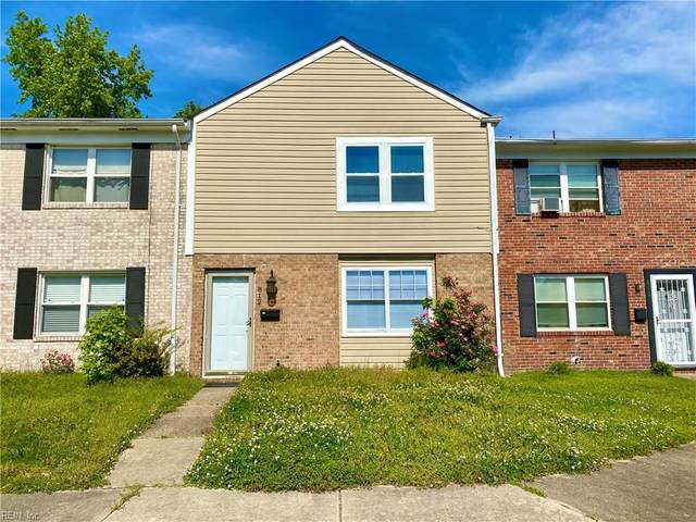 812 S Buckingham Ct, Virginia Beach, VA 23462 (MLS #10320049) :: Chantel Ray Real Estate