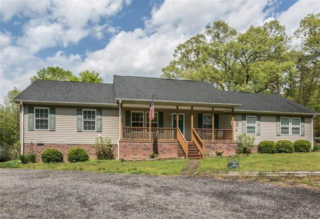 9551 Runninghorse Ln, Gloucester County, VA 23061 (#10320246) :: Berkshire Hathaway HomeServices Towne Realty
