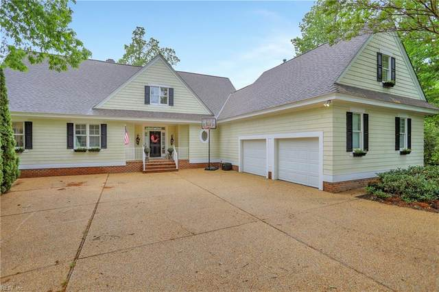 9815 Turning Leaf Dr, James City County, VA 23168 (MLS #10320650) :: Chantel Ray Real Estate