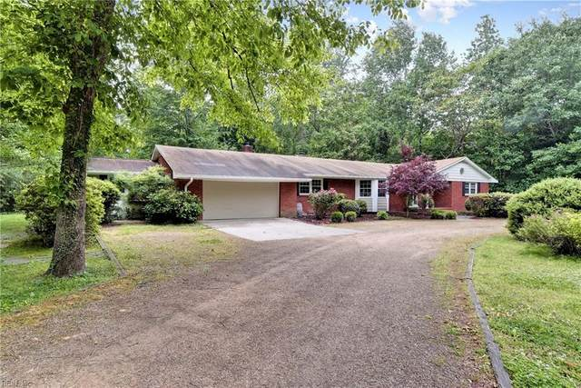 127 Little John Rd, York County, VA 23185 (#10320959) :: Abbitt Realty Co.