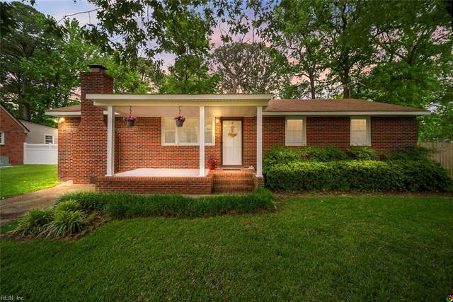 1310 Laurel Ave, Chesapeake, VA 23325 (MLS #10321518) :: AtCoastal Realty