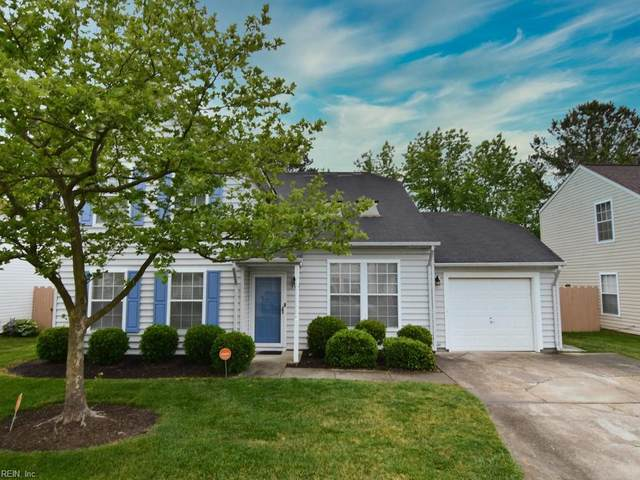 305 Oak Gate Dr, Chesapeake, VA 23320 (#10321743) :: Berkshire Hathaway HomeServices Towne Realty