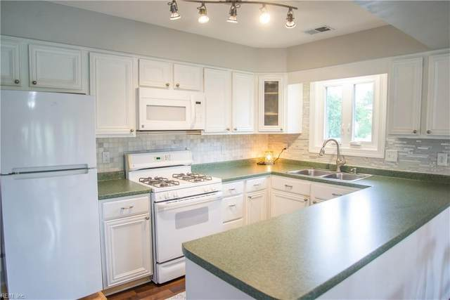 1245 Foursome Ln, Virginia Beach, VA 23455 (#10322081) :: Elite 757 Team