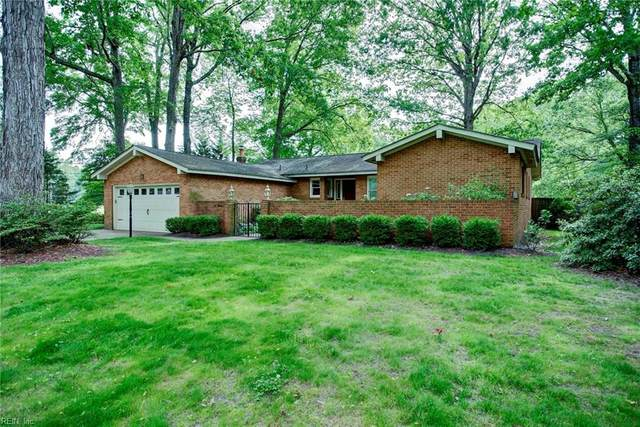 100 Albacore Dr, York County, VA 23692 (#10322770) :: Berkshire Hathaway HomeServices Towne Realty