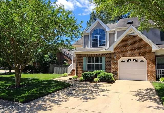 519 S Lake Cir, Chesapeake, VA 23322 (#10322959) :: Encompass Real Estate Solutions