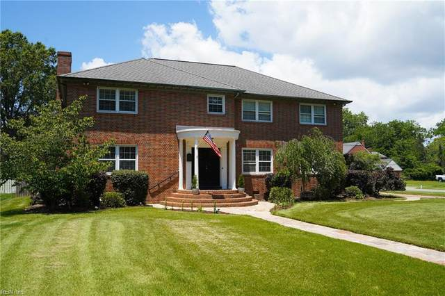 25 Cedar Ln, Newport News, VA 23601 (#10324943) :: The Kris Weaver Real Estate Team