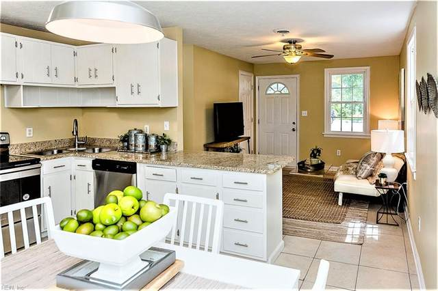 931 Ridgeway Ave, Hampton, VA 23661 (#10325371) :: RE/MAX Central Realty