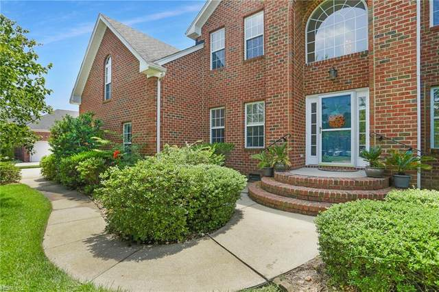 329 Sweetbay Dr, Chesapeake, VA 23322 (#10327352) :: Berkshire Hathaway HomeServices Towne Realty