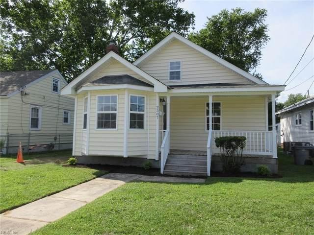 2507 Bay Ave, Hampton, VA 23661 (#10327778) :: Rocket Real Estate